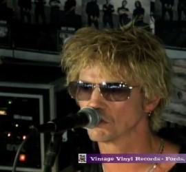 Duff McKagan Loaded live [YouTube screenshot]