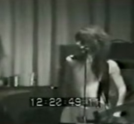 New York Dolls live [YouTube screenshot]